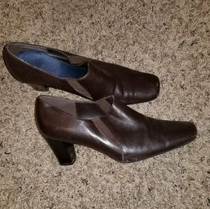 Aerosoles brown shoe boots